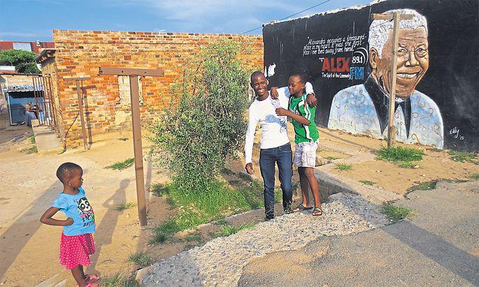 Jeff Mulaudzi führt Interessierte durch Alexandra, eine der berüchtigten Townships von Johannesburg.
