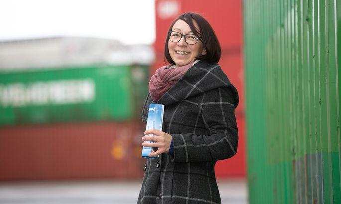 Nicole Lurger hat in ihrem ersten Geschäftsjahr als von zu Hause aus tätige, selbstständige Logistikerin die eigenen Pläne und Erwartungen übertroffen. Umsatztechnisch schlägt sich das im Startjahr mit rund einer Million Euro nieder.