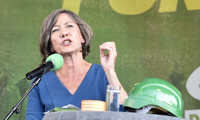 """Spitzenkandidatin Birgit Hebein betont, sie finde die Diskussion """"wirklich übelst""""."""
