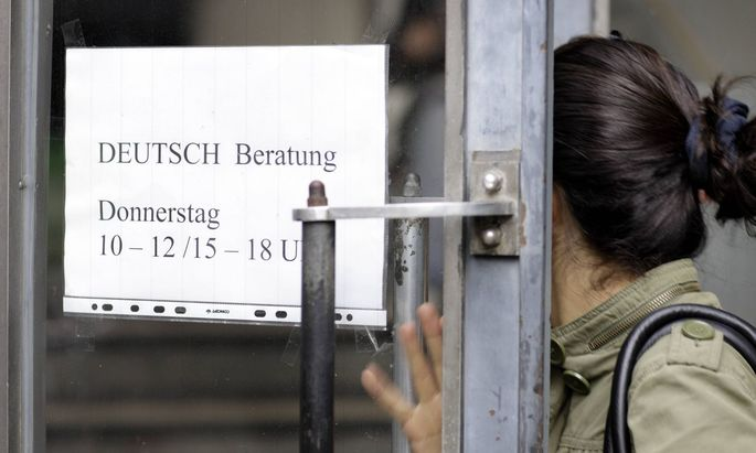 Für den Erhalt der vollen Mindestsicherung verlangt die Regierung Deutsch auf B2- oder Englisch auf C1-Niveau.