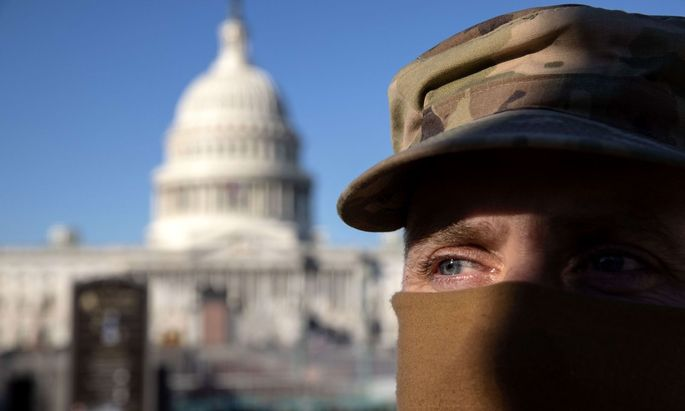 US-WASHINGTON-DC-TENSE-AFTER-U.S.-CAPITOL-IS-STORMED-BY-PROTESTO