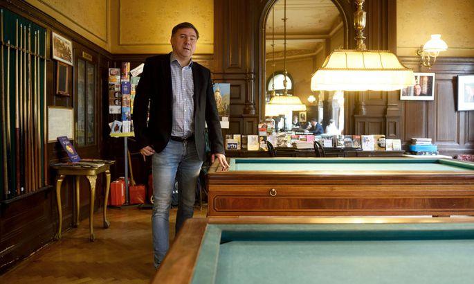 Ivan Krastev im Wiener Cafe Sperl. Der Bulgare gilt als einer der führenden außenpolitischen Denker in Europa.
