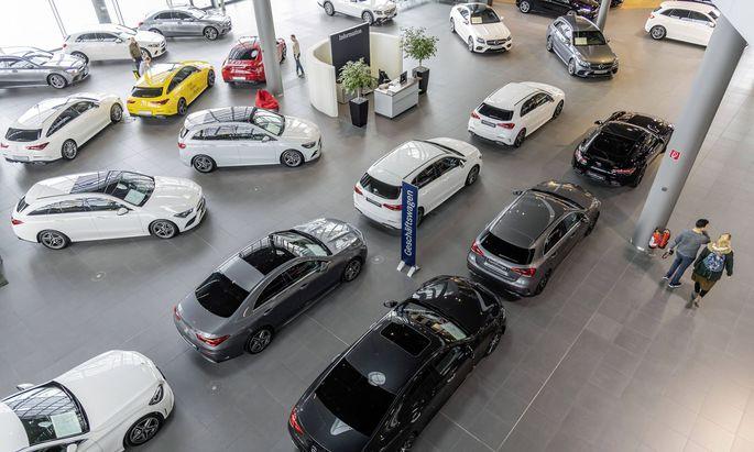 Kommt ein Kunde erst zur Abholung seines Autos erstmals zum Händler, hat das gravierende Rechtsfolgen.