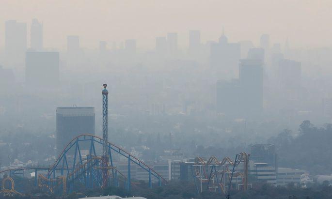 Smog in Mexico City (Symbolbild).