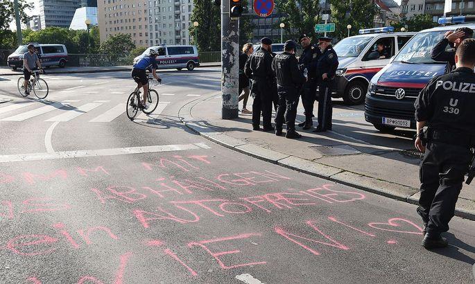 Polizeibeamte am Tag des Vorfalls bei der Urania