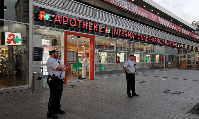 Die Apotheke im Kölner Hauptbahnhof war Schauplatz einer Geiselnahme.