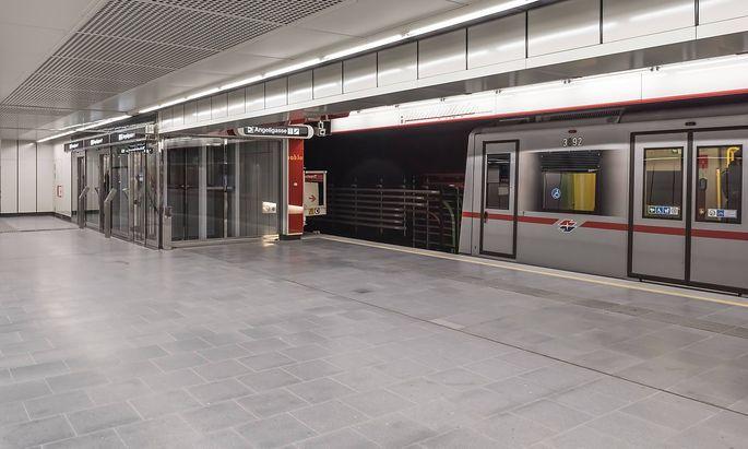 Symbolbild: Eine U1-Garnitur in der Station Troststraße.