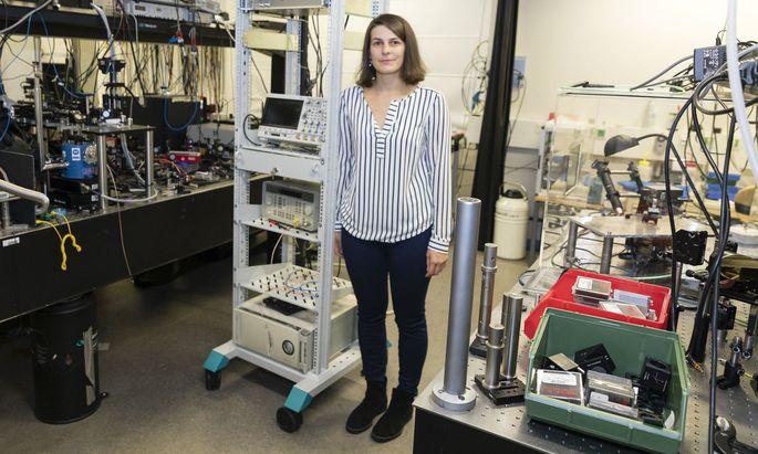 Dass die Elektrotechnik sie fasziniert, fand Simone Schuler früh heraus. Schon als 15-Jährige hatte sie einen Ferienjob als Elektrikerin auf dem Bau.