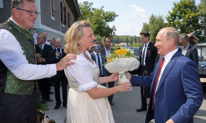 AUSTRIA-POLITICS-DIPLOMACY-WEDDING