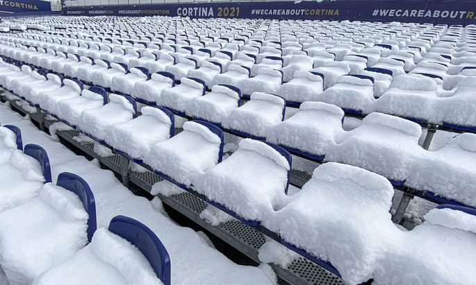 """Eine Ski-WM ohne Zuschauer, sagte der Cortinese Kristian Ghedina, sei wie """"eine Torte ohne Schlagsahne""""."""