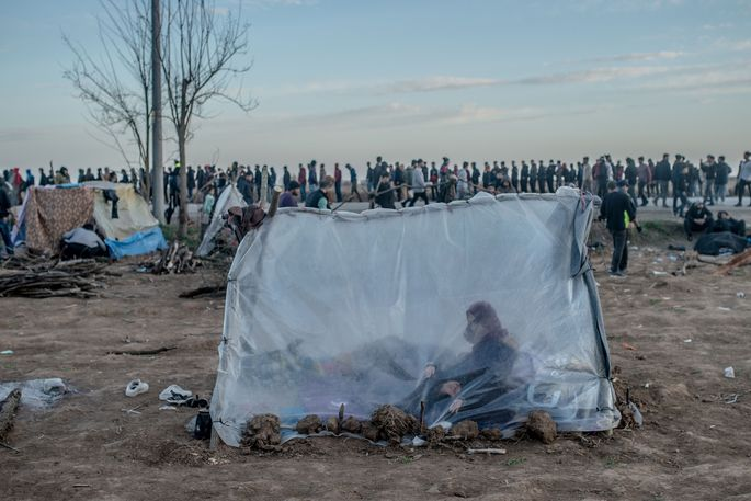 TURKEY-GREECE-MIGRANTS-UNREST-AFP PICTURES OF THE YEAR 2020