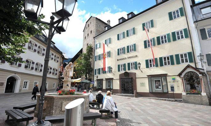 Es gibt eigenständige Privatbanken wie Bankhaus Spängler, Bank Gutmann oder Wiener Privatbank.
