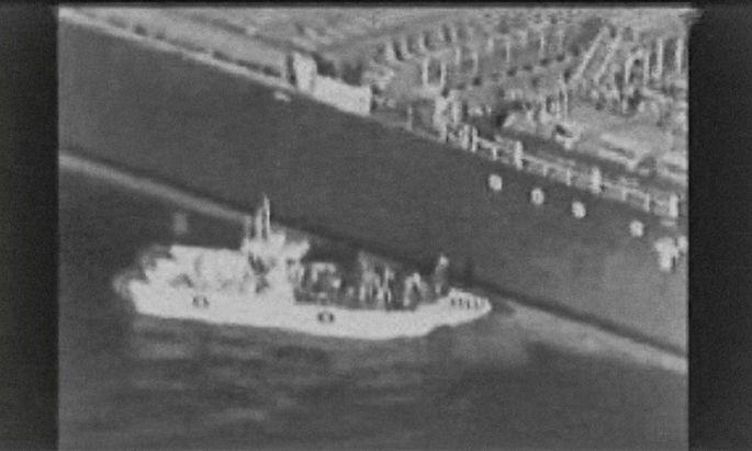 Die USA nennen den Iran als Schuldigen der Angriffe auf Tanker im Golf von Oman, die EU mahnt zur Zurückhaltung.