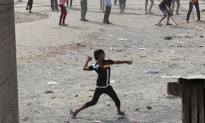 Kambodscha: Polizei erschießt Demonstranten