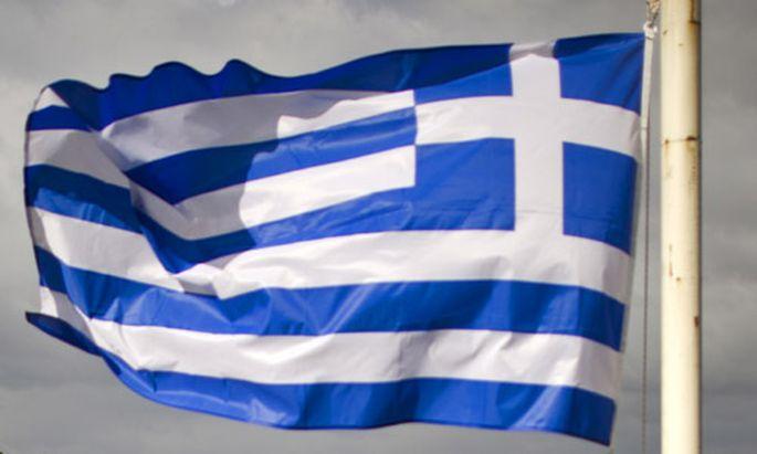 misstraut Athen will haerteren