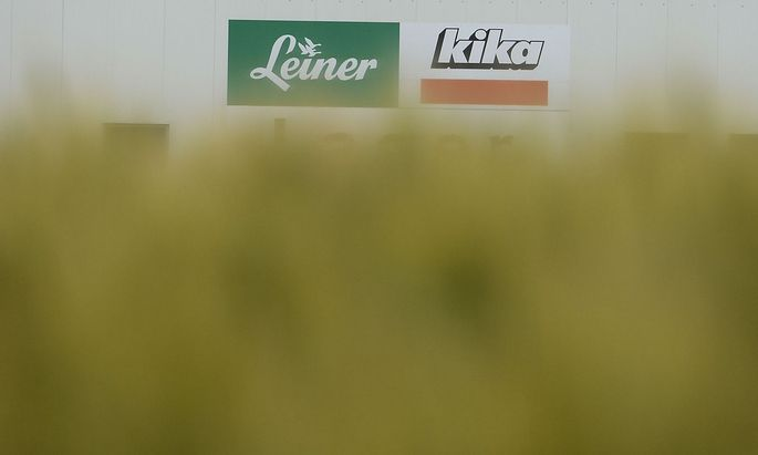 THEMENBILD: MOeBELKETTE KIKA/LEINER