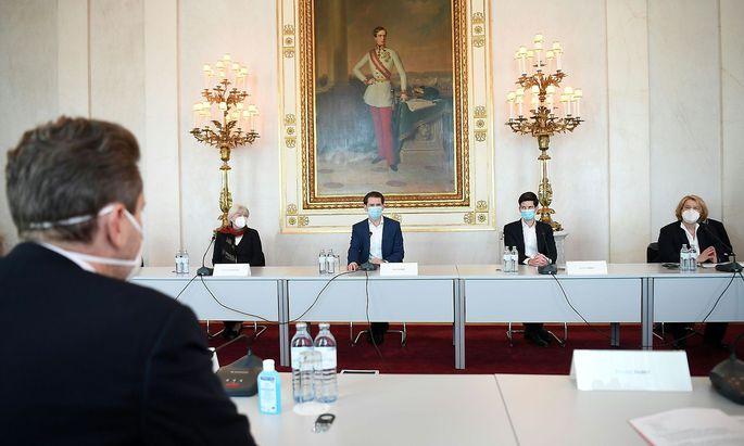 Kanzler Sebastian Kurz traf am Mittwoch die Sozialpartner und die Ärztekammer, um über Massentests zu sprechen.