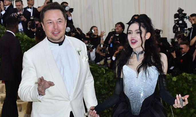 Elon Musk und Musikerin Grimes.