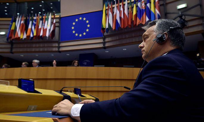Ungarns Premier Orban im EU-Parlament.
