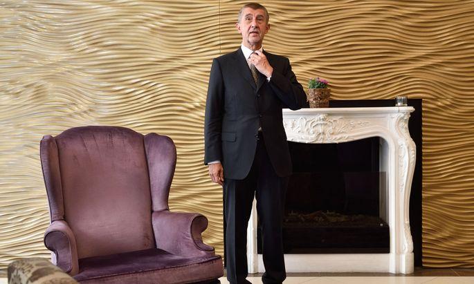 """Der tschechische Premier Andrej Babiš beim Interview mit der """"Presse""""."""