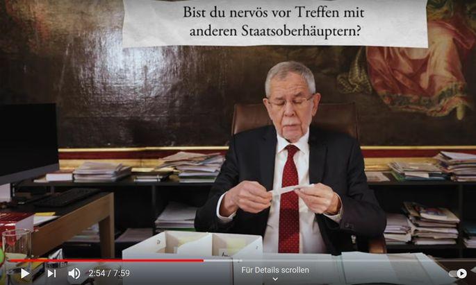 Bundespräsident Alexander Van der Bellen zieht in einem Video Fragen anlässlich seines Amtsjubiläums.