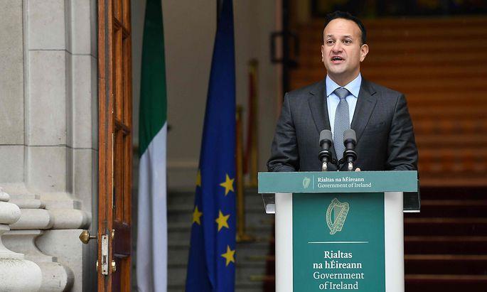 Der irische Regierungschef Leo Varadkar kündigte in Dublin vorgezogene Neuwahlen an.