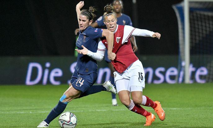 In Frankreich ist wieder voller Einsatz von Nicole Billa und Kolleginnen gefragt – im Hinspiel wurden sie mit einem 0:0 gegen den Gruppenfavoriten belohnt.