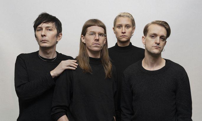 Eine ganz spezielle Band: Ja, Panik (links: Sänger/Gitarrist/Texter Andreas Spechtl).