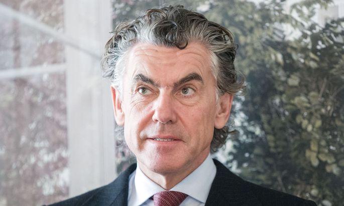 Michael Tojner verhandelt mit der B&C-Stiftung