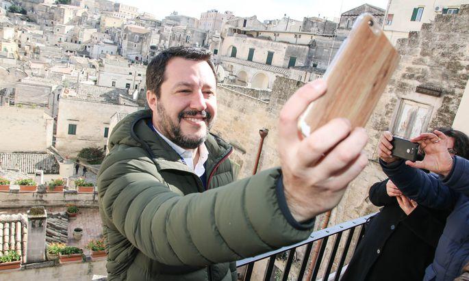 Der Star des Nordens: Lega-Chef Matteo Salvini bei einem Besuch im süditalienischen Matera.