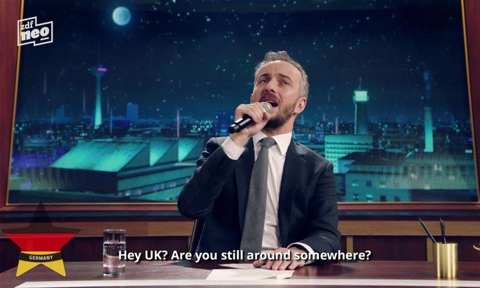 Auf der Homepage des ZDF (13 quälende Minuten!) und in Kurzversion auf YouTube konnte man Satiriker aus allen Ecken des Kontinents einen Song darbieten hören und sehen.