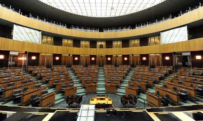 Vier Tage vor der Wahl verlagert sich der Wahlkampf am 25. September bei einer Sondersitzung nochmals ins Hohe Haus. Auf die Abgeordneten warten nach der Nationalratswahl jede Menge Herausforderungen.