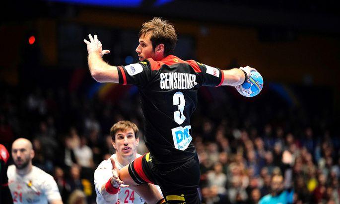 Flügel-Star Uwe Gensheimer und seine Kollegen blieben bei der Europameisterschaft bislang sehr vieles schuldig.