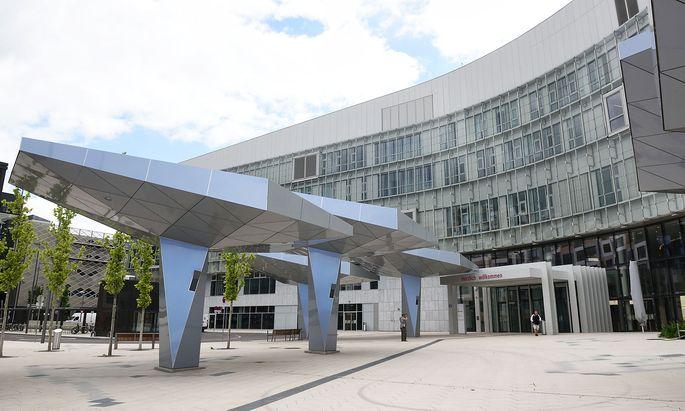 Archivbild: Der Eingang zur Wiener Klinik Floridsdorf