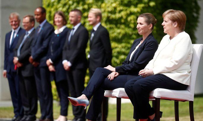 Merkel mit der dänischen Ministerpräsidentin Mette Frederiksen