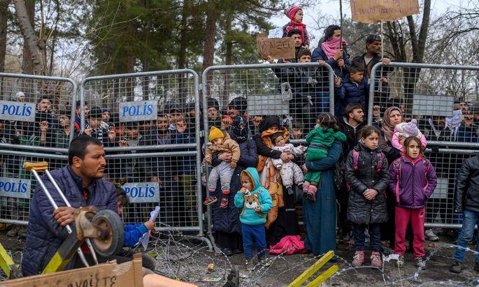 Die Zahlen der Migranten sanken gegenüber den vergangenen Tagen deutlich.