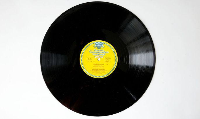 Gesucht: das große Tulpen-Label der Deutschen Grammophon.