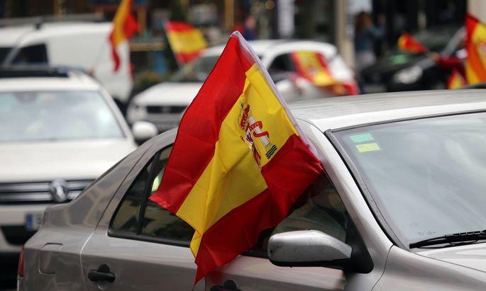 Corona-Proteste in ganz Spanien