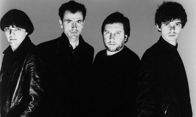 Hugh Cornwell, Dave Greenfield, Jean Jaques Burnel, Jet Black The Stranglers, Punk/Rock Band 16 April 1980 PUBLICATIONx