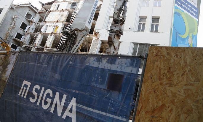 LEINER-Abriss: heftige Kritik am neuen Bauprojekt LEiNER-Haus wird KaDeWe Wien Wien, Mariahilferstrasse, Mariahilfer St