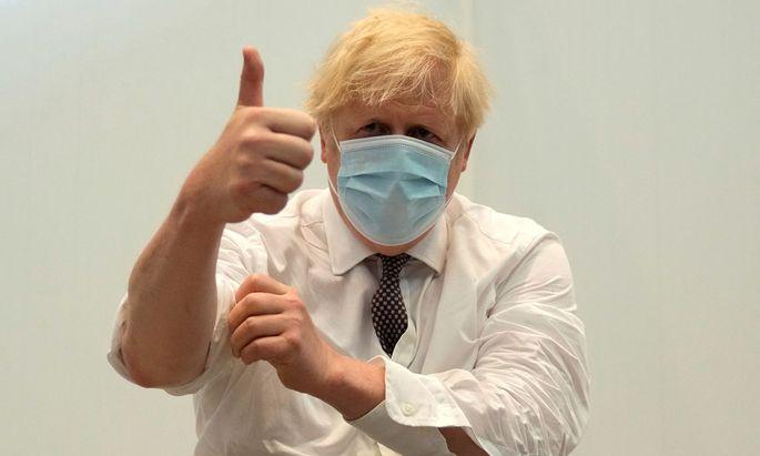 Der britische Premierminister nach der zweiten Teilimpfung von AstraZeneca.