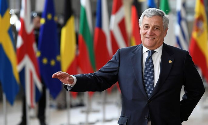 Es geht auch um seine Zukunft: Antonio Tajani würde gerne Parlamentspräsident bleiben, doch das Topjoe-Karrussell ist noch in vollem Gange.