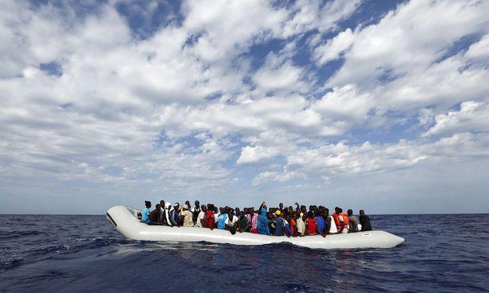 Deutschland, Frankreich, Italien und Malta haben sich am Montag darauf geeinigt, vorübergehend im Mittelmeer gerettete Menschen aufzunehmen.