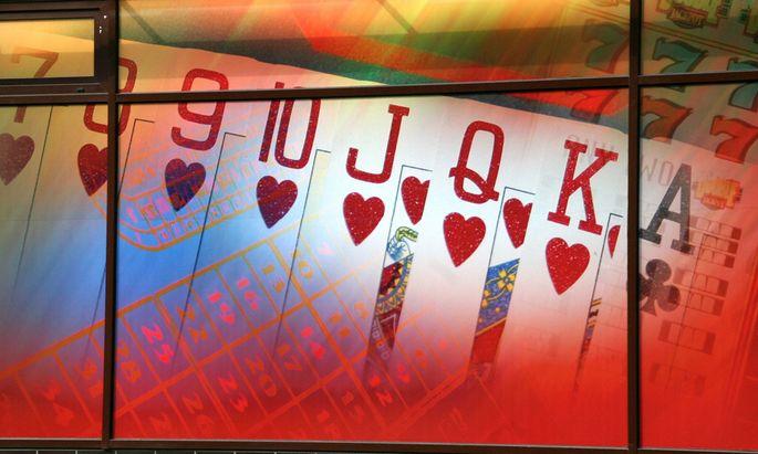 Gluecksspiel Hoechstgericht legalisiert Pokersalons