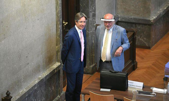 Ex-Finanzminister Karl Heinz Grasser (li) mit Anwalt Manfred Ainedter