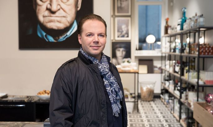 Marco Simonis in seinem neuen Geschäft in der Taubstummengasse 13.