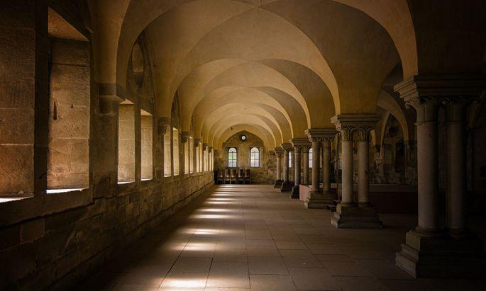 Gewaltopfer wohnte zwar in einem Kloster, hätte dieses aber theoretisch jederzeit verlassen können.