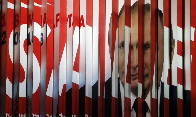 Das Bild von Putins Allmacht verschwimmt – zumindest den wirtschaftlichen Problemen ist er mit dem von ihm geschaffenen System nicht mehr gewachsen.