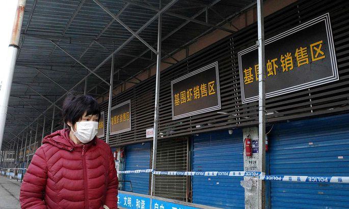 Ein in China neu aufgetauchter Stamm von Coronaviren hat sich wohl in weitere Länder verbreitet.