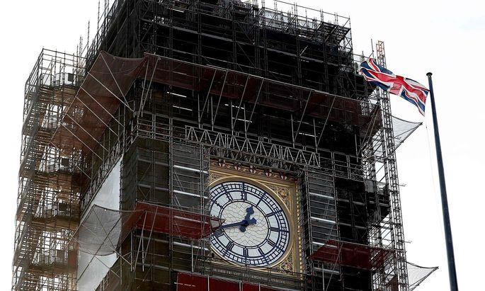 """Der Elizabeth Tower in Westminster Abbey in London - umgangssprachlich """"Big Ben"""", auch wenn so eigentlich nur die Glocke im Turm heißt."""